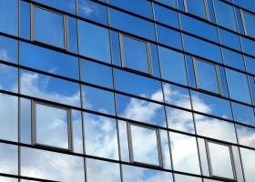 Materiały i powłoki na inteligentne okna – raport