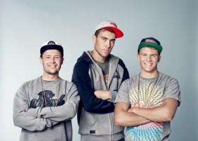 Rapujący sportowcy w reklamie farb Atlas