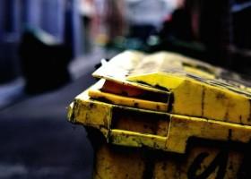 AkzoNobel pomaga pozyskać surowce ze śmieci