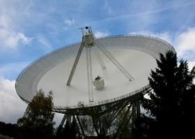 Radioteleskop Effelsberg z farbą Axalta CS