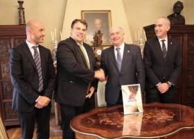 Axalta i Uniwersytet w Oviedo – program stażów