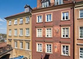 Kamienica w Warszawie odżyła z farbą Kabe