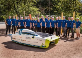Cromax na bolidzie Punch Powertrain Solar Team