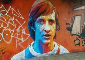 Johan Cruijff upamiętniony przez grafficiarzy