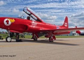Red Knight – lotnicza legenda Kanady znów żywa