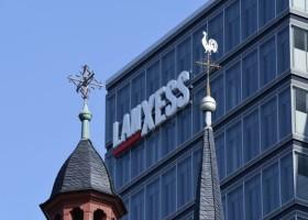 Lanxess chce kupić oddział AkzoNobel
