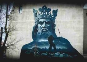 Kazimierz Wielki na muralu w Bydgoszczy