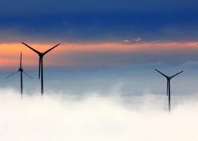Turbiny wiatrowe i erozja deszczowa – nowe normy DIN