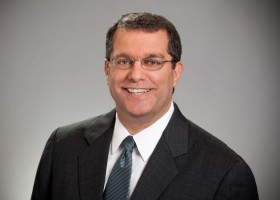 Terrence Hahn nowym CEO Axalty