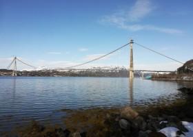 Farby Jotun na moście Hålogaland