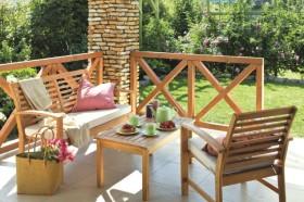 5 wiosennych pomysłów na odświeżenie terenu wokół domu