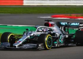 Mercedes-AMG Petronas w sezonie 2020 nadal z Axaltą