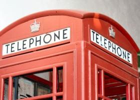 Farby na ratujące życie budki telefoniczne
