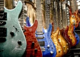 Kolor a muzyka – Dekoral znów docieka
