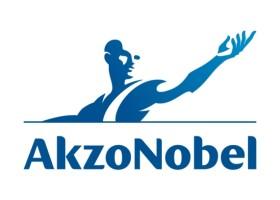 AkzoNobel i Marlins uczą aplikacji farb okrętowych