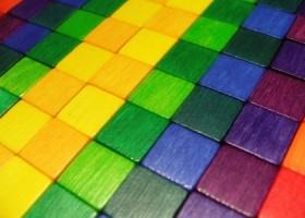 Nowe systemy kolorymetryczne Alcea