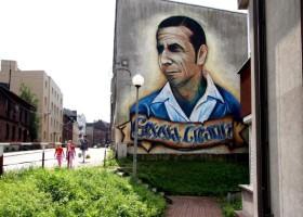 Gerard Cieślik na muralu w Chorzowie