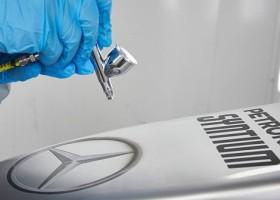 Mercedes AMG Petronas nadal z Axaltą