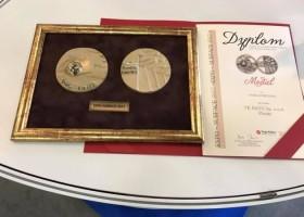 Farba Hybrydowa Bato z medalami Expo-Surface 2017!