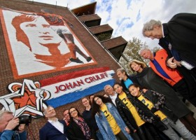 Johan Cruijff na muralu w Amsterdamie