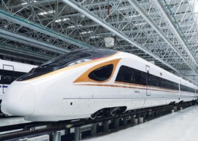 Złoty lakier AkzoNobel na chińskich pociągach