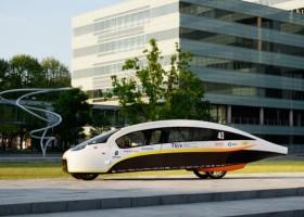 AkzoNobel wspiera słoneczny Solar Team Eindhoven