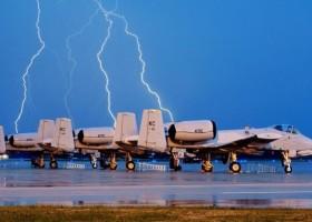 Polscy badacze ochronią samoloty przed piorunami