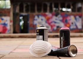 Skuteczność powłok anty-graffiti na różnych podłożach