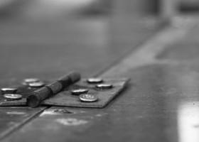 Powłoki na złączach i szczelinach – dlaczego pękają?