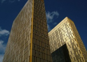 Axalta na całym świecie inwestuje w farby bondowane