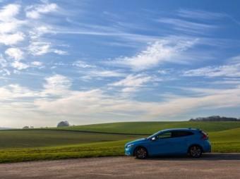 BASF: samochody coraz bardziej kolorowe i niebieskie