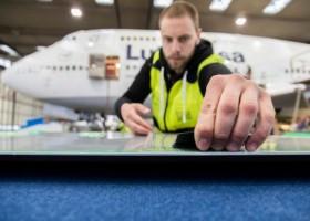 Skóra rekina na samolocie – dzieło BASF i Lufthansy