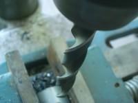 Powłoki ceramiczne stosuje się dziś m.in. do pokrywania elementów narzędzi skrawających, którym zapewniają one dużo dłuższy czas życia. Fot. stocker (sxc.hu)