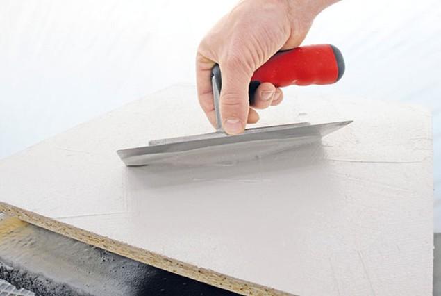adler betoneffekt nakładanie produktu szpachlą