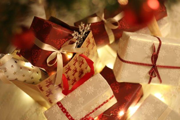 farby pod choinką Boże Narodzenie Axalta