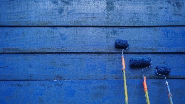farby wodorozcieńczalne raport Global Market Insights