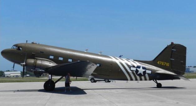 Sherwin-Williams renowacja samolot C-47