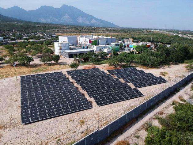 AkzoNobel panele słoneczne